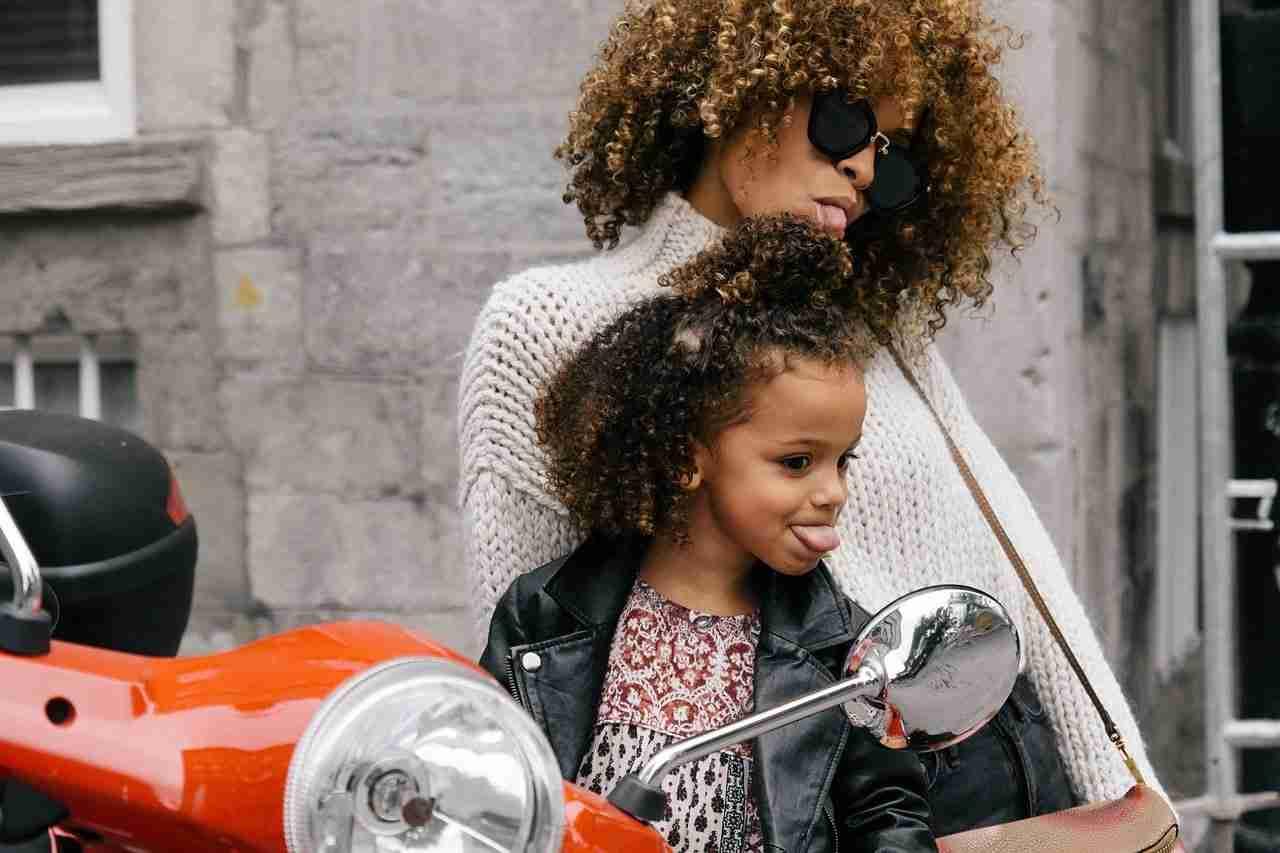 Idées cadeaux Fête des mères 2019 : bijoux, mode & musique